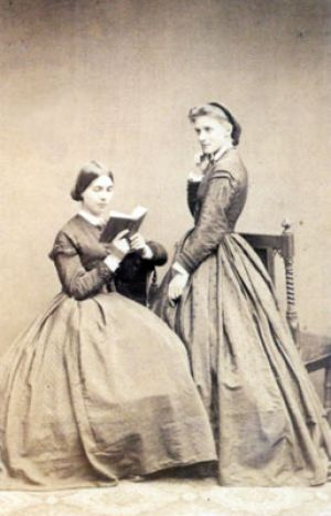 Marie and Julie Schumann as young ladies